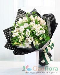 Bouquet of peruvian lilies